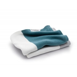 Bugaboo lehká bavlněná deka 80x100 cm Petrol Blue Multi