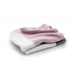 Bugaboo lehká bavlněná deka 80x100 cm Soft Pink Multi